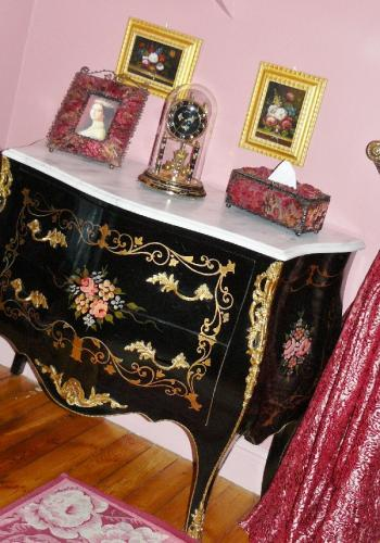 decoration commode