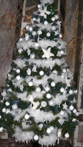 D co sapin no l sapin blanc et f rique trucs et deco for Decoration de sapin de noel